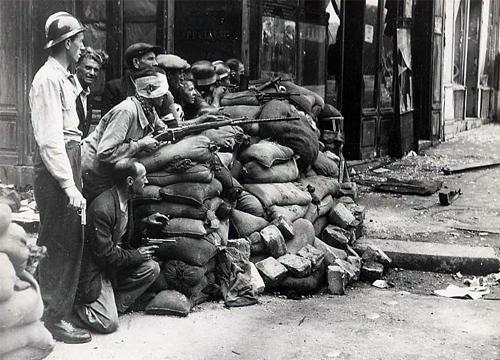 """Résultat de recherche d'images pour """"Paris insurgé 19 août 1944 Images"""""""
